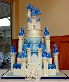 Castle Wedding Cake   Chocolate 'castle' cake - the two base…   Flickr