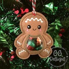Gingerbread Peekaboo Treat Bag dans un motif de broderie cerceau Christmas Treat Bags, Christmas Candy, Christmas Time, Christmas Gifts, Christmas Ornaments, Little Christmas, Gingerbread Decorations, Christmas Decorations, Gingerbread Man