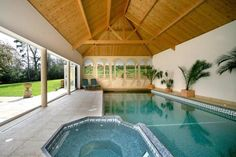 wooden ceiling #pool