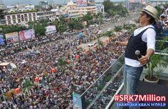 Ocean of SRK Fans #SRK7Million pic.twitter.com/UN7vnlNp96