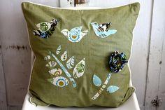 DIY Throw Pillows | diy / DIY Throw Pillow Re-Style