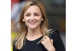 Children are often characterized by their naivete, innocence, and carefree lifestyles. The pressures and demands of this world seem to disappear whenever an Phoebe Gates, Bill Gates Daughter, Rachael Leigh Cook, Cute Girl Photo, Rich People, People Of The World, Online Dating, Beautiful Actresses, Girl Photos