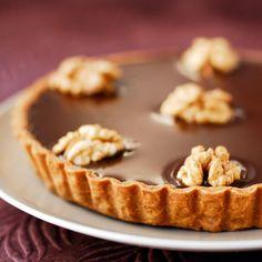 Découvrez la recette de la tarte au chocolat et aux noix