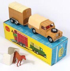 Corgi Toys GS2 Land Rover and Horse Trailer Pic. www.QualityDiecastToys.com