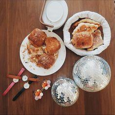 Un parfait petit déjeuner de lundi férié !  by @madeinbounce #verymojo #montres #watches #woman #monday #morning #dayoff #mondaymorning #breakfast #yummy #food #instafood ► www.verymojo.com ◄