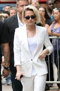 Kristen-Stewart-Good-Morning-America-TV-Style-Fashion-Tom-Lorenzo-Site (3)