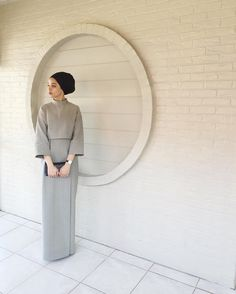 Dress hijab simple abayas for 2019 Islamic Fashion, Muslim Fashion, Modest Fashion, Fashion Dresses, Hijab Dress Party, Hijab Outfit, Hijab Fashion Inspiration, Mode Inspiration, Couture