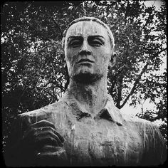 Сковорода (Monument to Grigory Skovoroda) ver.2