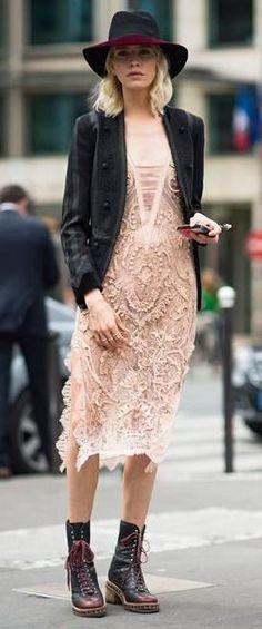 lace midi dress. street chic.