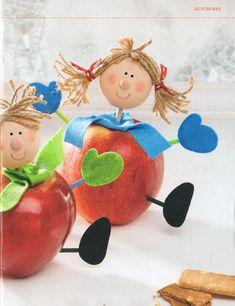 Boneco de maça Autumn Crafts, Fall Crafts For Kids, Nature Crafts, Spring Crafts, Kids Crafts, Art For Kids, Diy And Crafts, Arts And Crafts, Birthday Decorations At Home