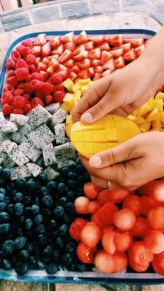 Fit lifestyle motivation is part of Yummy food - It is time again for a new post full of fit lifestyle inspiration Full of pictures of the best sports outfits, healthy food, and quotes that motivate me The more motivation you find to make… View Post I Love Food, Good Food, Yummy Food, Tasty, Healthy Snacks, Healthy Eating, Healthy Recipes, Breakfast Healthy, Dinner Healthy