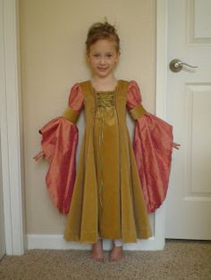homespun: Renaissance Princess Dress