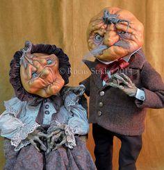 The Old Pumpkin Couple © Rucus Studio 2014 Halloween Arts And Crafts, Halloween Doll, Halloween Horror, Diy Halloween Decorations, Halloween House, Scary Halloween, Vintage Halloween, Halloween Pumpkins, Fall Halloween