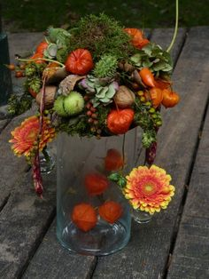 Fruits Decoration, Fall Flower Arrangements, Deco Floral, Art Floral, Fall Flowers, Green And Orange, Fall Decor, Floral Wreath, Wreaths