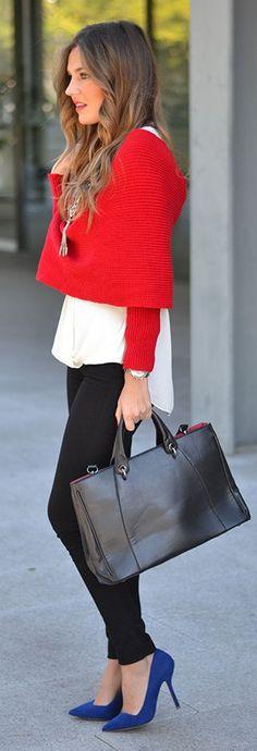 Red Bandage Crop Top by Mi Aventura Con La Moda