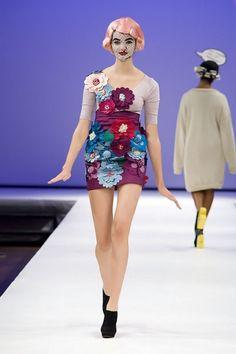 oslo fashion week: fan irvoll       So cool! Pop art fashion