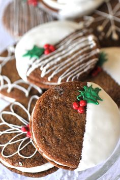 Gingersnaps stuffed with cream and dipped in white chocolate.