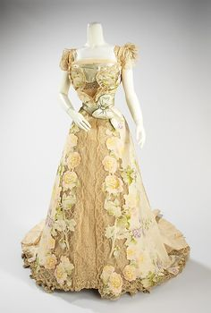 Jean-Philippe Worth, Evening Dress of Pastel Flowers  Ecru Lace, with Chiné Cutout-Work Applied to Skirt. Paris, 1902.