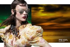 Prada has a new campaign for and is using 27 models instead of one face. Steven Meisel is the photographer and Milla Jovovich is one of the models. Europe Fashion, 90s Fashion, Fashion Models, Style Fashion, Steven Meisel, Milla Jovovich, Miuccia Prada, Lady Dior, Facon