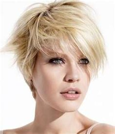 """Tempted to go short again... my """"bob"""" is becoming a """"lob"""" at chin length and looks really boring now."""