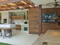 18 fantasztikusan inspiráló kerti grill és nyári konyha Installing Wainscoting, Pergola, Gazebo, Sustainable Design, Patio Design, Backyard Patio, Interior Design Living Room, Kitchen Decor, Outdoor Decor