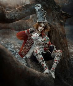 """"""" then you shouldn't talk, said the Hatter."""" ― Lewis Carroll, Alice in Wonderland *Mad Hatter-another look inspired by the Mad Hatter Movie Dark Alice In Wonderland, Alice In Wonderland Aesthetic, Steampunk Architecture, Art Du Cirque, Pierrot Clown, Steampunk Accessoires, Go Ask Alice, Chesire Cat, Dark Circus"""