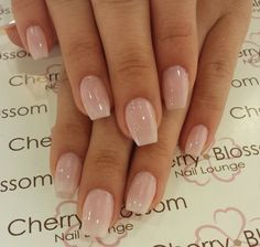 Semi-permanent varnish, false nails, patches: which manicure to choose? - My Nails Neutral Nails, Nude Nails, My Nails, Pale Pink Nails, Cherry Nails, Nagel Gel, Cute Acrylic Nails, Nails Inspiration, How To Do Nails