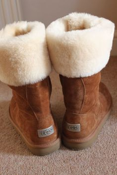 http://fancy.to/rm/465650281737095231 Ugg boots