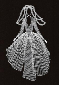 cm x 20 cm) Lace Art, Bobbin Lace Patterns, Lacemaking, Lace Jewelry, Weaving Art, Lace Knitting, Handicraft, Machine Embroidery Designs, Lady