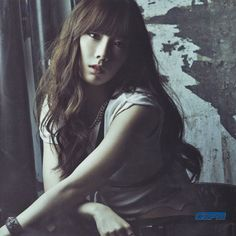 Taeyeon「CATCH ME IF YOU CAN」BOOKLET - HQ Scans (2pic) - GGPM Official WebSite