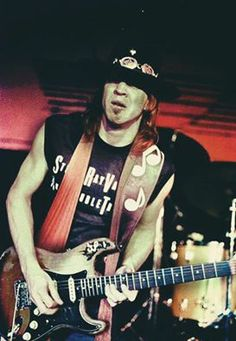 SRV's version of Jimmy Hendrix's Voodoo Child is absolutely the best rock cover, ever! Stevie Ray Vaughan, Music Is Life, My Music, Rock N Roll, Wisconsin, Dallas, Jazz Musicians, Blues Rock, Music Photo