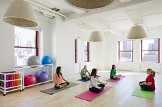 Estúdio de Yoga da Shutterstock