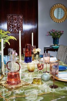 Party Time - Hosting a dinner? Don't be afraid to take some guidance from Zara Home and mix up your glassware. Zara Home Interiors, Tv Stand Console, Zara Home Collection, Deco Table, Decoration Table, Color Of Life, Art Of Living, Architectural Digest, Dinner Table