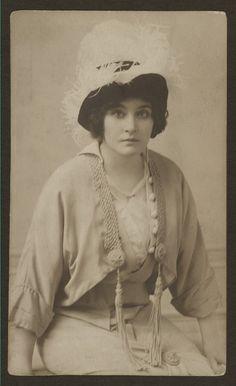 Louise Randolph,  actress.
