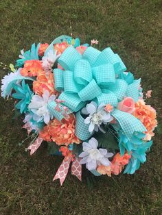 Cemetery Headstone Saddle - Tombstone Flowers - Cemetery Flowers - Flowers for Grave - Headstone Saddle - Floral Memorial Saddle- Spray Grave Flowers, Cemetery Flowers, Funeral Flowers, Diy Flowers, Flower Pots, Flower Ideas, Flower Decorations, Paper Flowers, Funeral Floral Arrangements