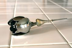 Tulip spoon