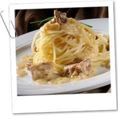 Žampionové špagety Pasta Recipes, Spaghetti, Toast, Food And Drink, Cooking, Ethnic Recipes, Fit, Lasagna, Kitchen