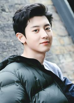 Find images and videos about kpop, exo and chanyeol on We Heart It - the app to get lost in what you love. Kpop Exo, Exo Chanyeol, Kyungsoo, Kris Wu, K Pop, Kim Minseok, Xiuchen, Exo Members, Chanbaek