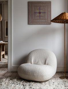 Scandi Meets Retro-Chic In A Beautiful Family Home - Nordic Design Interior Inspiration, Room Inspiration, Dream Home Design, House Design, Home And Living, Home And Family, Scandinavian Home, Nordic Design, New Room