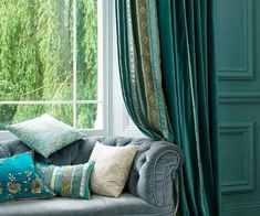 Select the right curtains for the living room turquoise