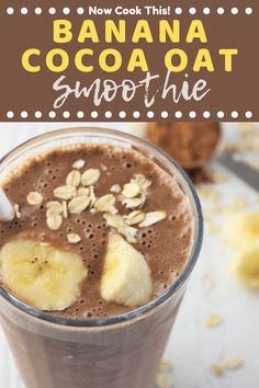 These Banana Cocoa Oat Smoothies will get your day off to a delicious and healthy start! They're quick, easy, creamy, and oh-so-chocolaty! All you need is about 5 minutes and a few simple ingredients! Smoothie Prep, Smoothie Bowl Vegan, Chocolate Banana Smoothie, Raspberry Smoothie, Oatmeal Smoothies, Breakfast Smoothies, Fruit Smoothies, Healthy Smoothies, Chocolate Milkshake