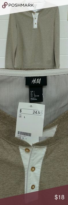 Men's H&M Sweater Tan with cream button details. H & M Sweaters Crewneck