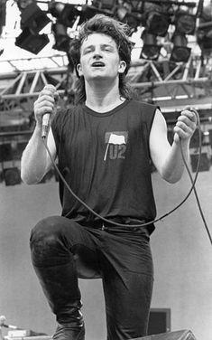Adam Clayton, Music Humor, Music Quotes, Funny Pics, Funny Pictures, Bono U2, Secret Crush, Chant, Music Love