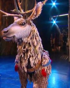 """Frozen The Musical"" dazzles audiences with amazing visual effects, a very talented cast and elaborate set designs. Take a look at the magic! Frozen On Broadway, Frozen Musical, Frozen Movie, Sven Costume, Frozen Costume, Sven Frozen, Disney Frozen, Theatre Shows, Musical Theatre"