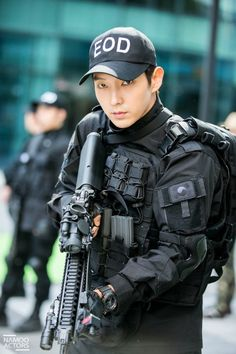 """[Latin America Lee Joon-gi Fans Guest Post] The Return of Lee Joon-gi to the action drama with """"Criminal Minds"""" @ HanCinema :: The Korean Movie and Drama Database"""