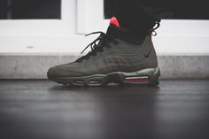 bf51866d14e4 Nike Air Max 95 SneakerBoot Review