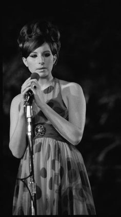 American singer actress and entertainer Barbra Streisand performs at a concert in Central Park which was filmed for television as 'A Happening in. Rock And Roll Fantasy, Truth And Justice, Barbra Streisand, Sartorialist, A Star Is Born, Beautiful Voice, American Singers, Actresses, Divas