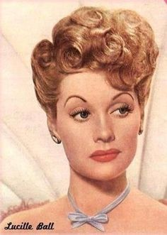 Lucille Ball -my idol Beverly Hills, Lucy And Ricky, Lucy Lucy, Lucille Ball Desi Arnaz, Rick Y, Actrices Hollywood, I Love Lucy, Vintage Hairstyles, Ladies Hairstyles