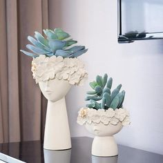 Buy it before it ends. There is always many products on sae upto 75 1 Pair Creative Human Head Vase Sundries Storage Box Decorative Resin Vase Mothers Day Home Model Room Decoration Ornaments Pro Buyerz Do It Yourself Decoration, Keramik Design, Home Decor Vases, Human Head, Vase Centerpieces, Handmade Home Decor, Clay Art, Flower Vases, Ceramic Art