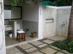 Outdoor shower, cant see the roof, but great natural lighting